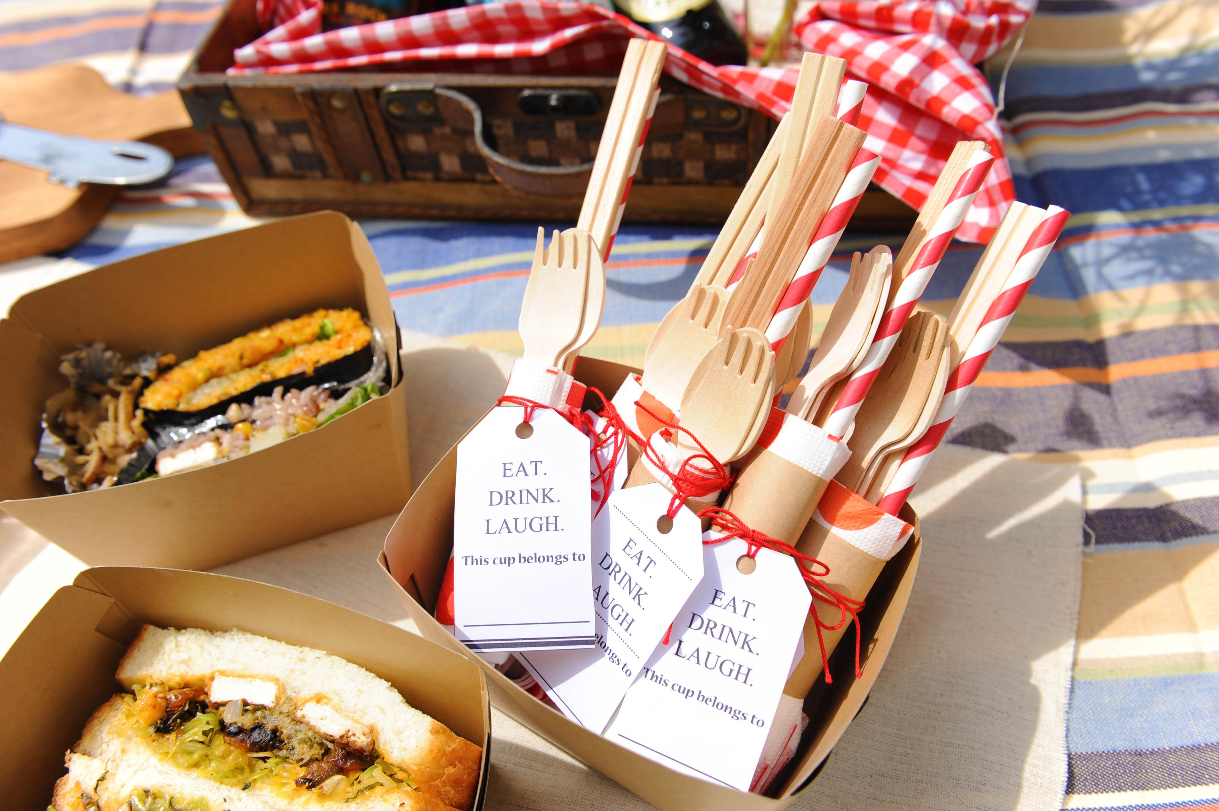 【ピクニック×DIY】ピクニックに持っていくフォークやスプーンをひと工夫!カトラリーセットの作り方<br>|by ARCH DAYS編集部