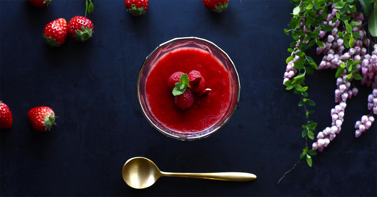 """春のおもてなしに!ちょっとぜいたくな""""苺のムース""""レシピ"""