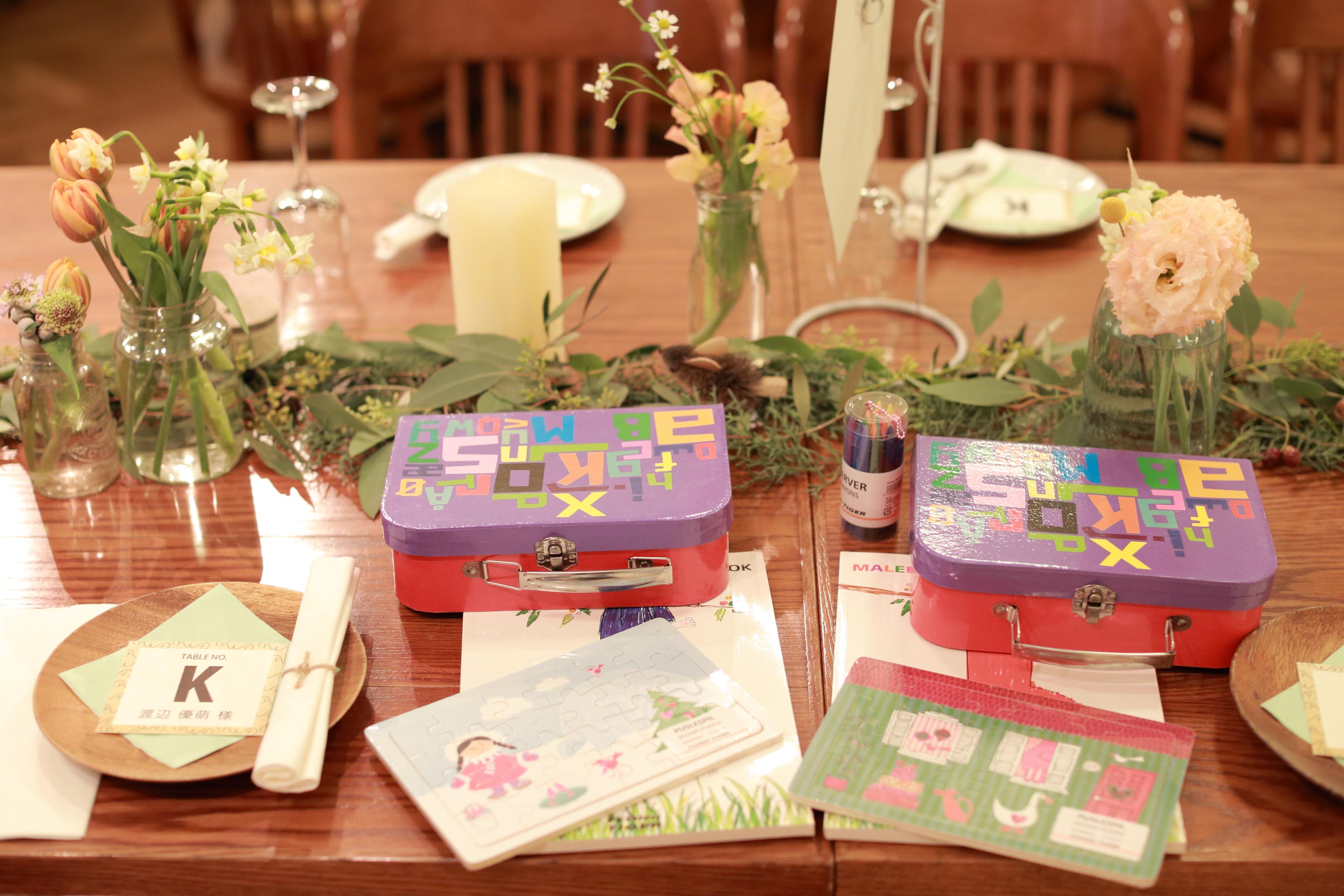 おしゃれな結婚パーティーテーブルの写真