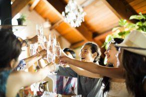 おしゃれなCafe結婚式の画像
