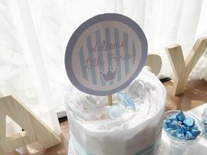 男の子のベビーシャワーのおむつケーキの写真