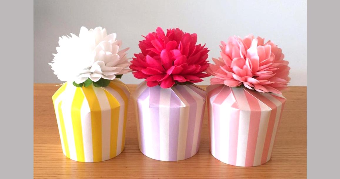 お菓子ラッピングやパーティーの持ち帰りに!紙コップを使って簡単&かわいいラッピング