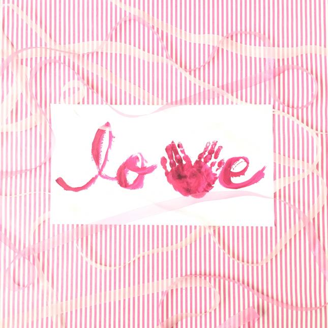 バレンタインの手形アートの作り方サムネイル画像|ARCHDAYS