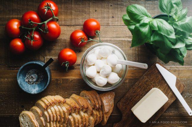 ミニカプレーゼのグリルチーズサンド01