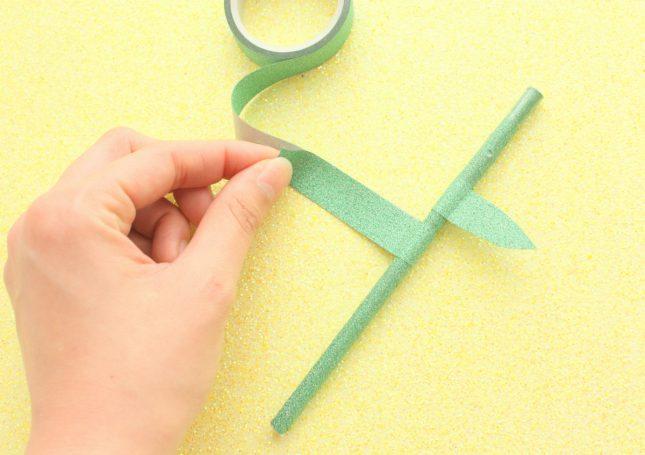 8.マスキングテープで葉の部分を作る
