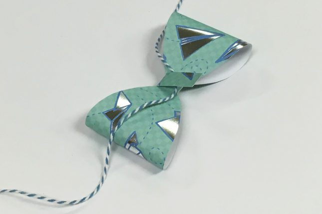 PaperBow05