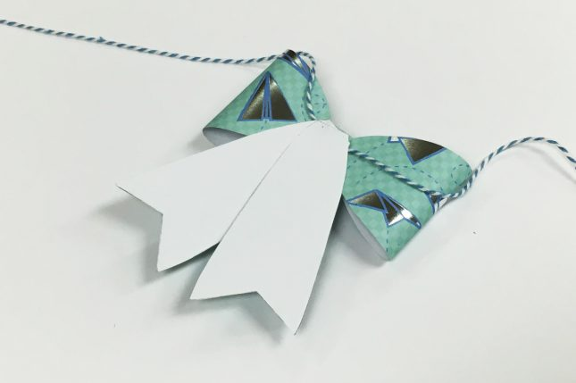 PaperBow09
