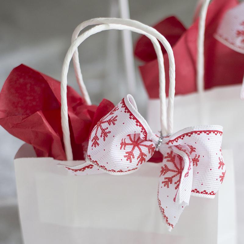 今年のクリスマスは簡単リボンテクで差をつけよう<br/>|by Style Wrapping