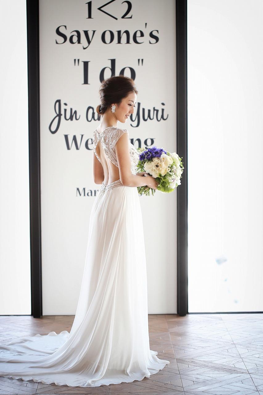 5e91d83068403 ウェディングドレスは、透け感と柔らかい素材のものが春にぴったり!「INFLUGRAM WEDDING」