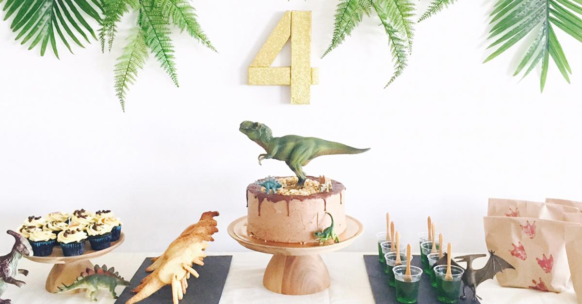 【海外パーティーレポート】恐竜テーマのバースデーパーティー