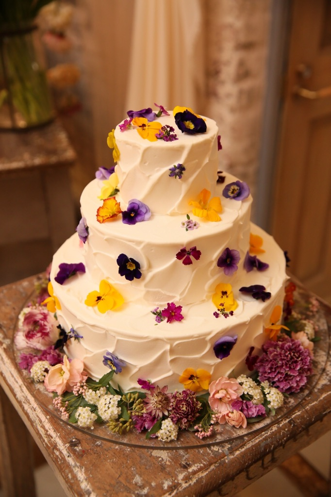 結婚式_TRUNK_フローラルウェディング_かわいい_ウェディングケーキ
