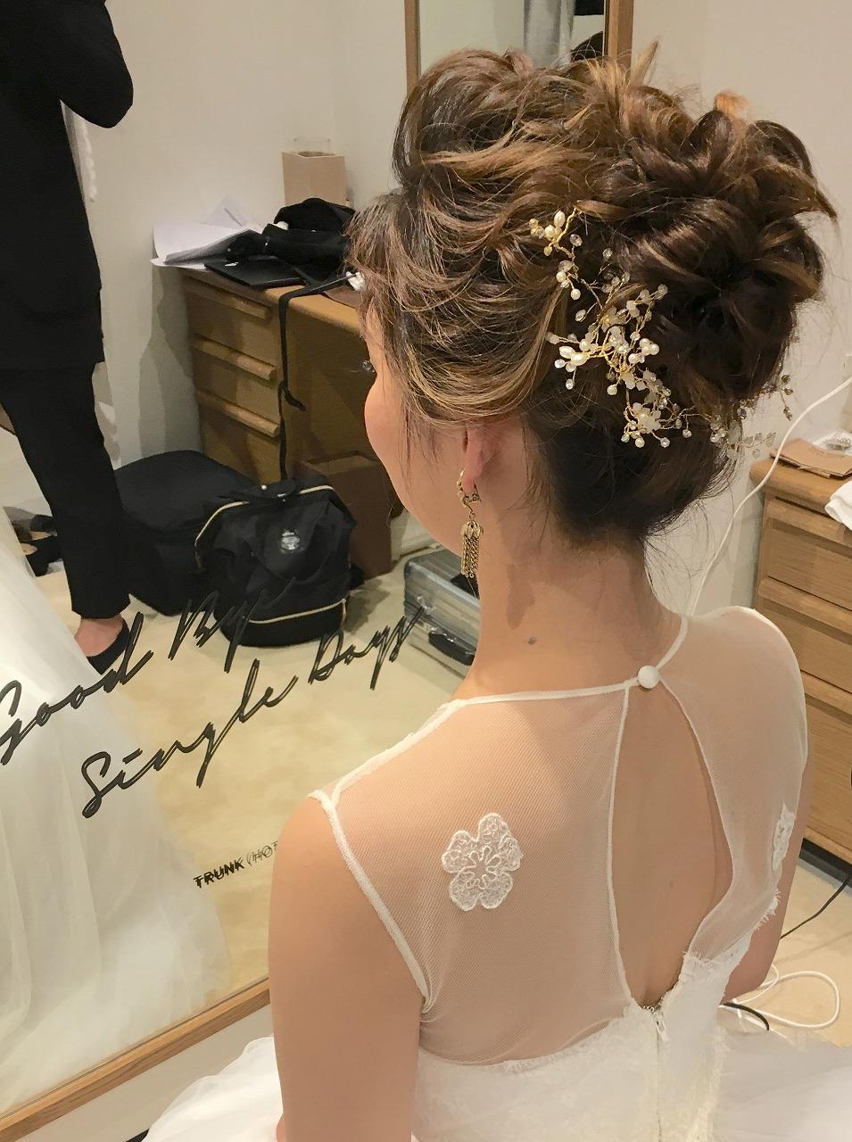 結婚式_お仕度ショット_TRUNKHOTEL