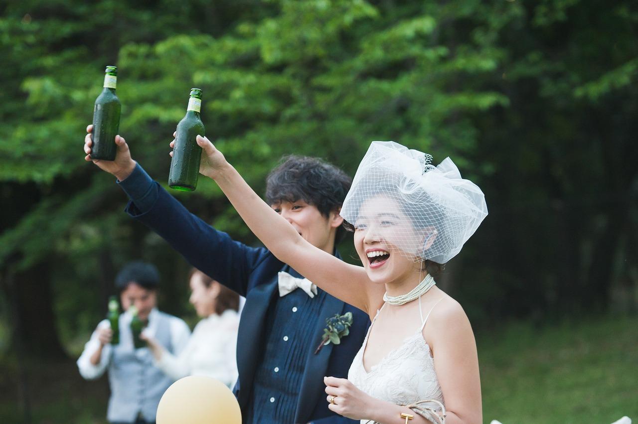 結婚式_ガーデン_乾杯