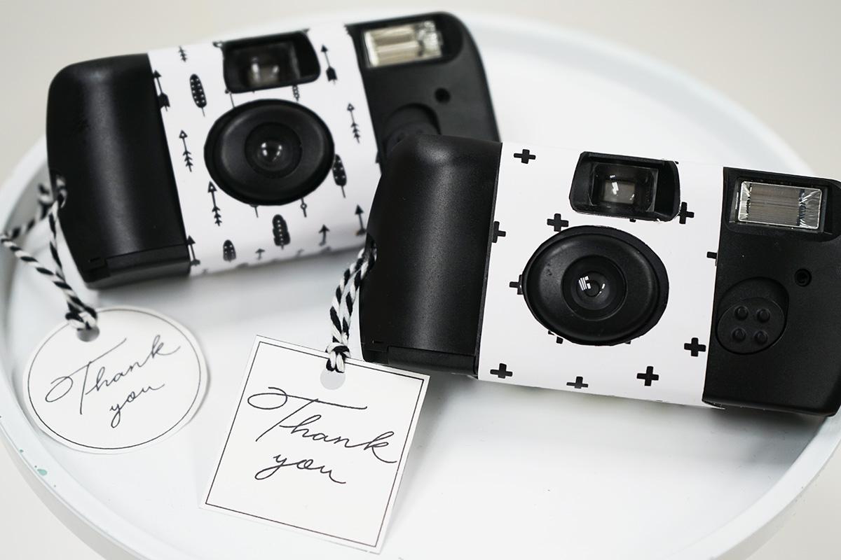 無料のインスタントカメラカバー