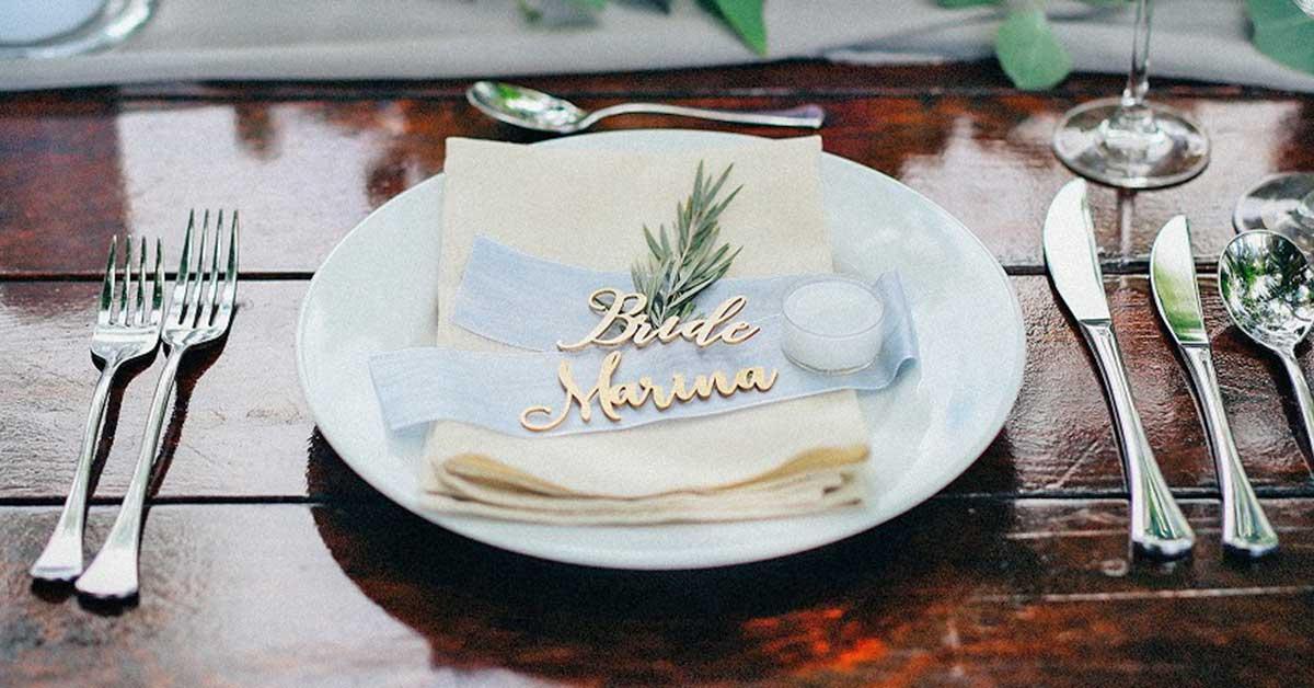 手作りやオーダーのオシャレなものだけ。素敵すぎる結婚式席札アイディア20選