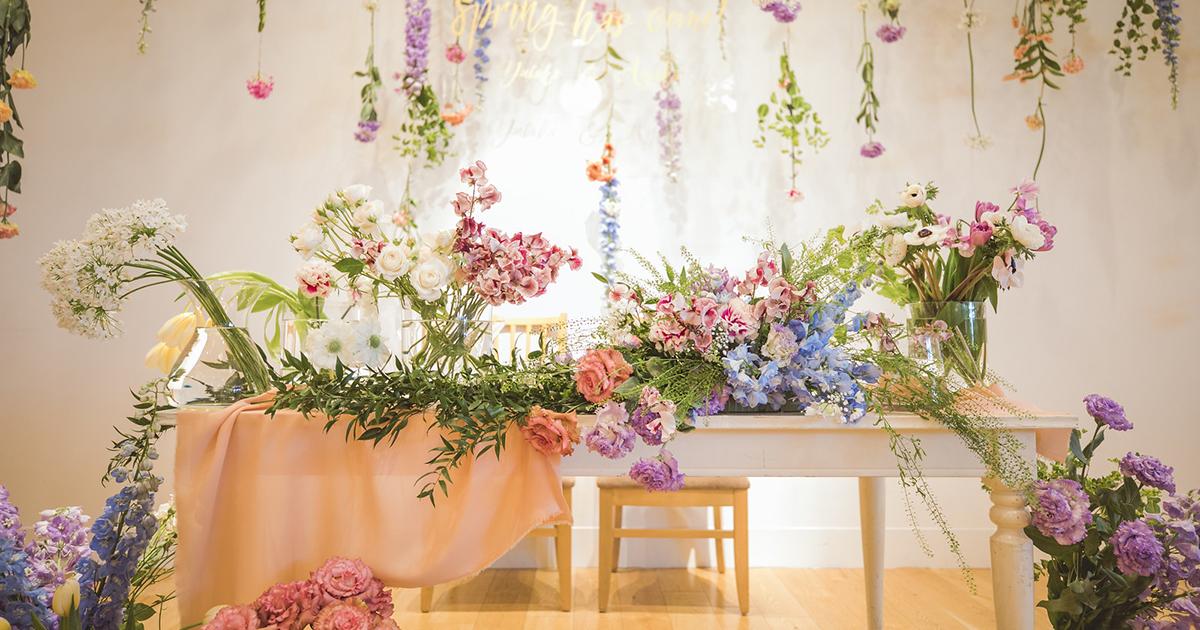 【花図鑑】お花いっぱいのウェディングを!春の結婚式に使えるお花特集