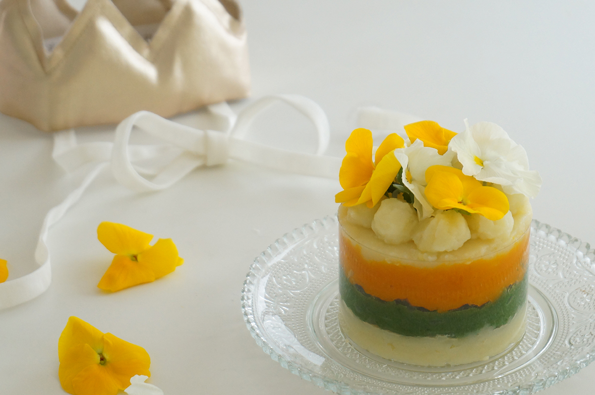蒸し野菜のハーフバースデーケーキ