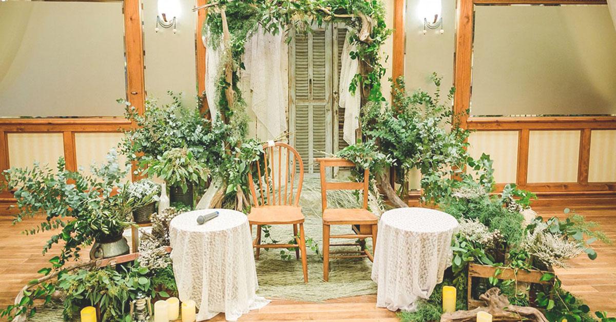 結婚式の高砂装飾に季節感を!春夏秋冬別コーディネートをご紹介
