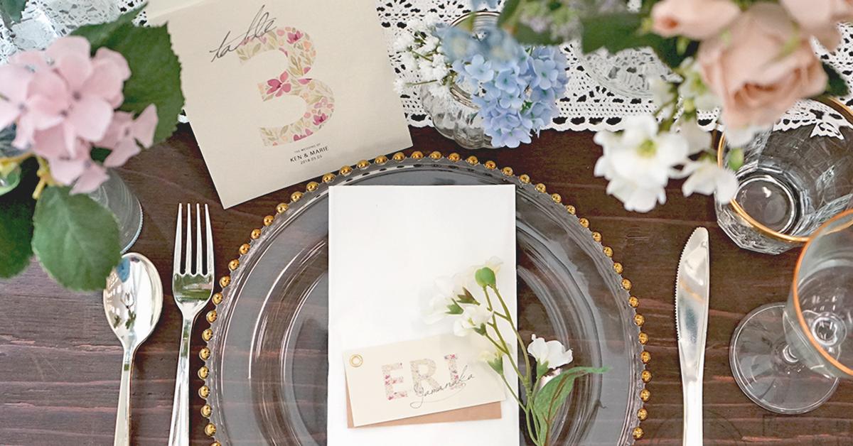 春にぴったり!とびきりカワイイ花柄フォントで結婚式席札を手作り|無料フォント