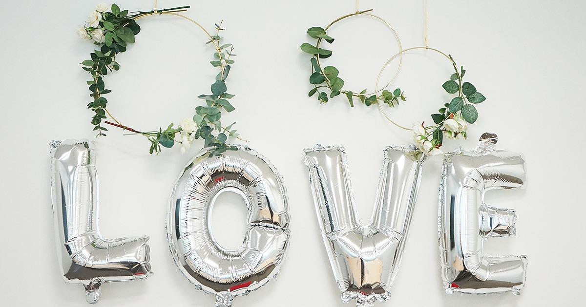結婚式で手作りに挑戦したい方必見!プチプラで手に入るウェディングアイテム10選【無料テンプレート】