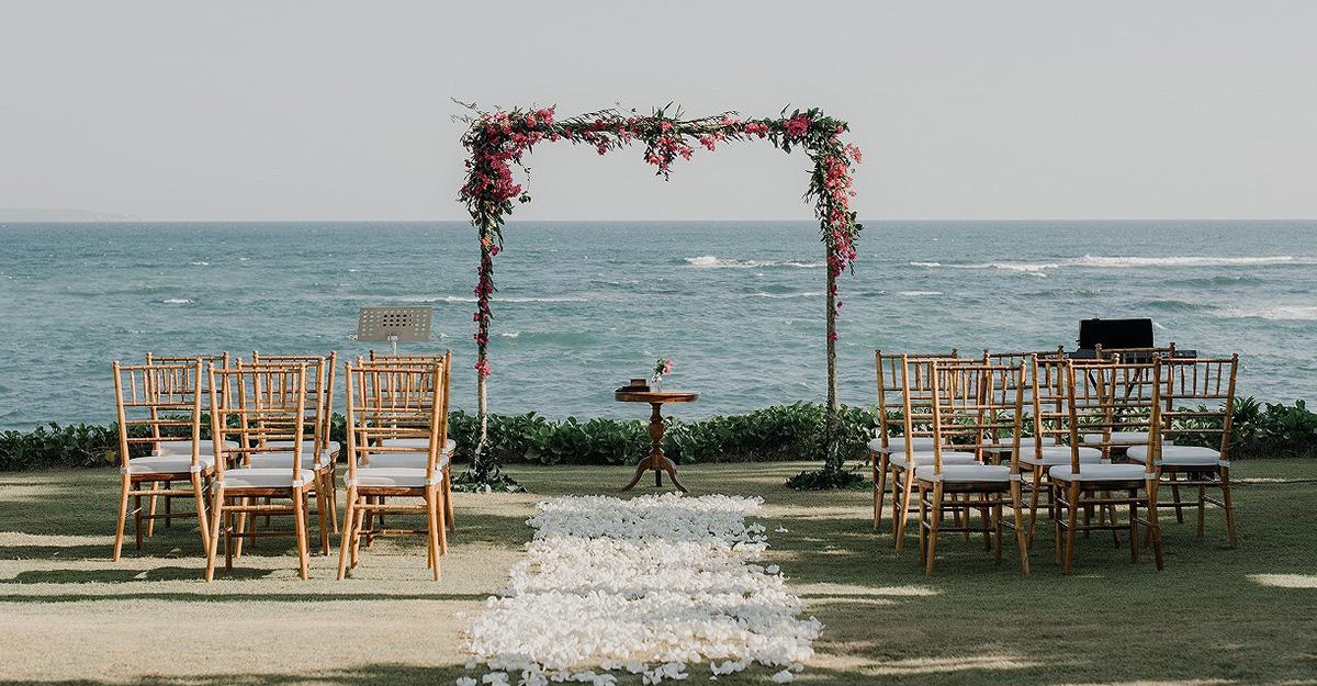 VINTAGE ISLAND WEDDING