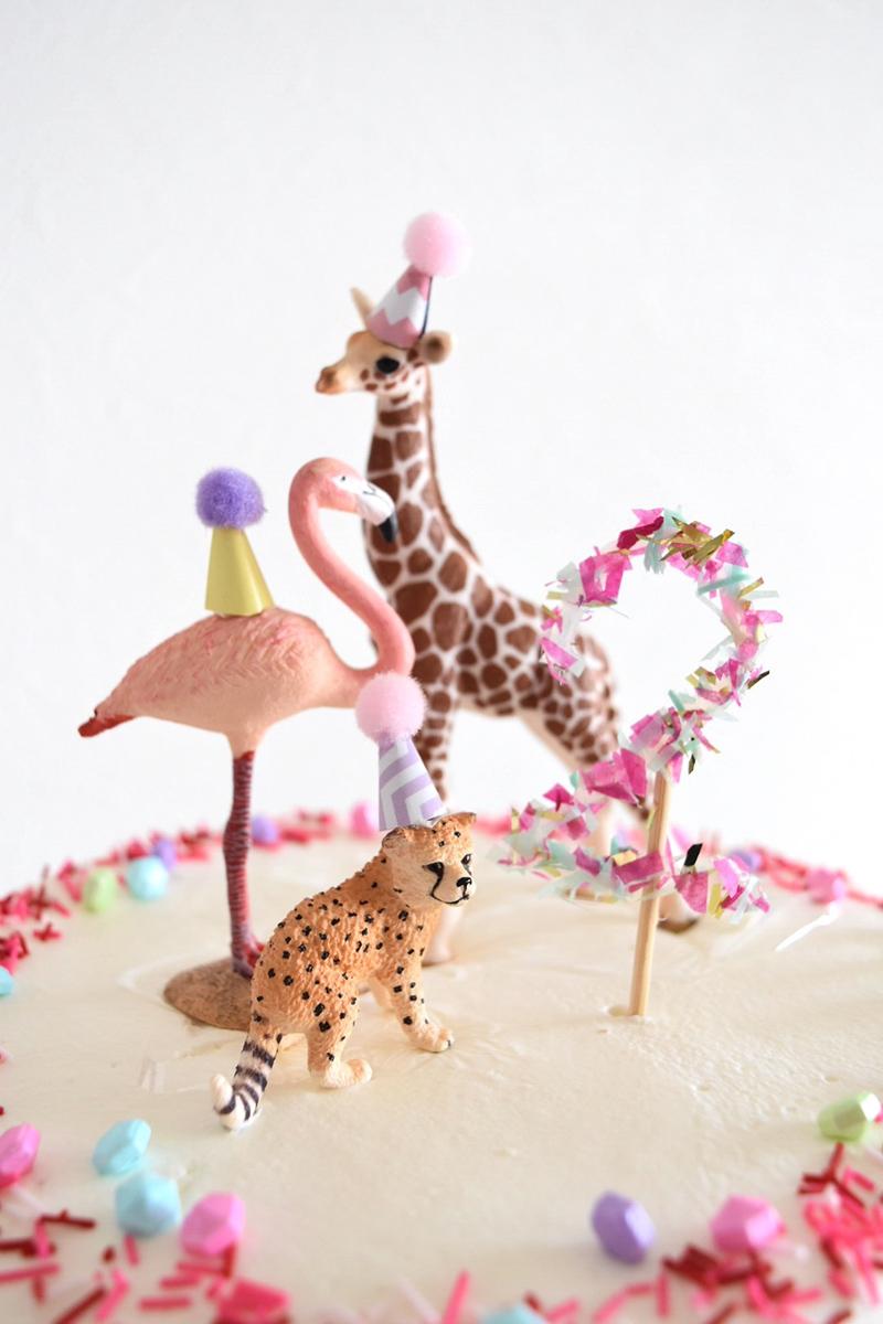動物のケーキトッパー