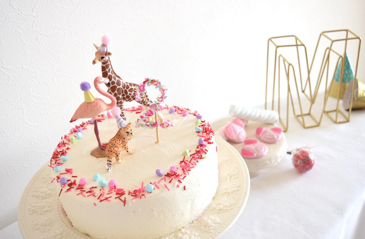 動物テーマのバースデーケーキ