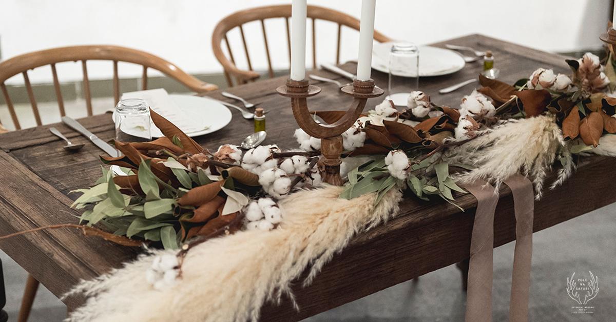 秋のウェディングにはシックなお花が◎。素敵な会場装飾アイディア16選