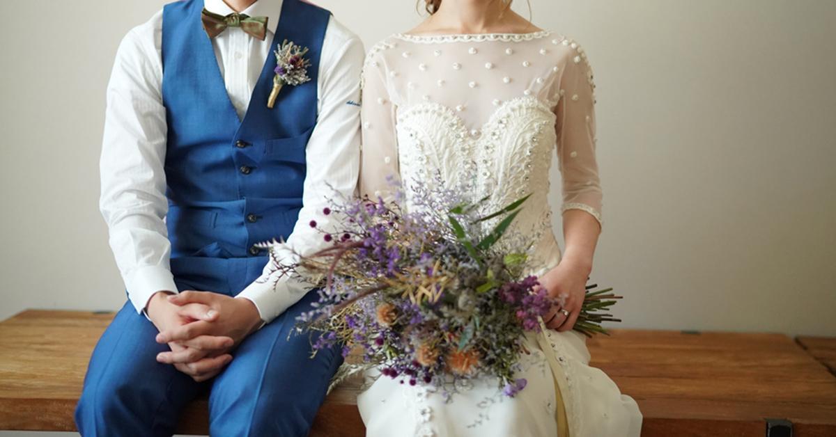 どんなテイストの結婚式にも合う!刺繡が可愛いウェディングドレス