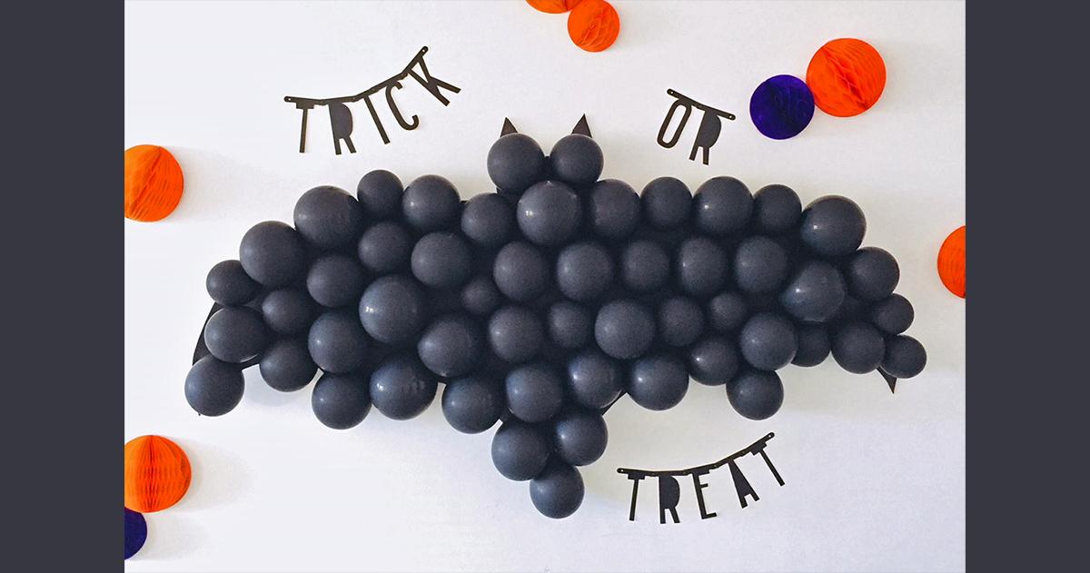 ハロウィンパーティーに!簡単「コウモリ型バルーンダーツ」の作り方