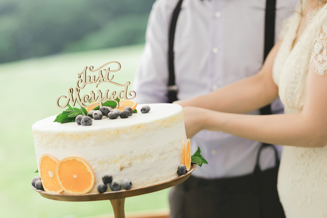 2019年の定番は?オシャレ花嫁さんが選ぶウェディングケーキが
