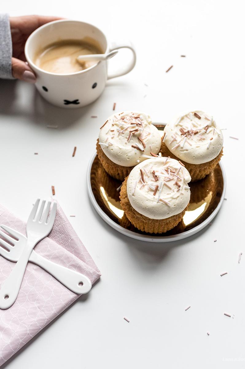 パンプキンカップケーキの作り方