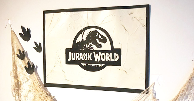 PARTY IN JURASSIC WORLD