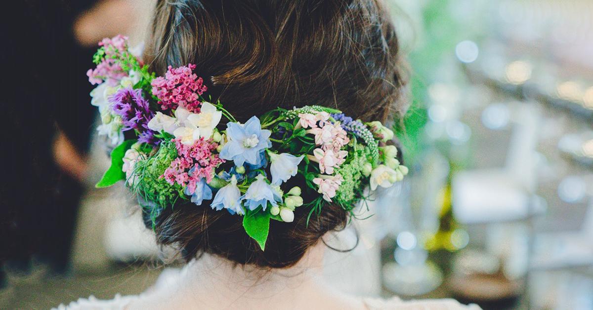 春ウェディングに!お花をアレンジした花嫁ヘアスタイル11選