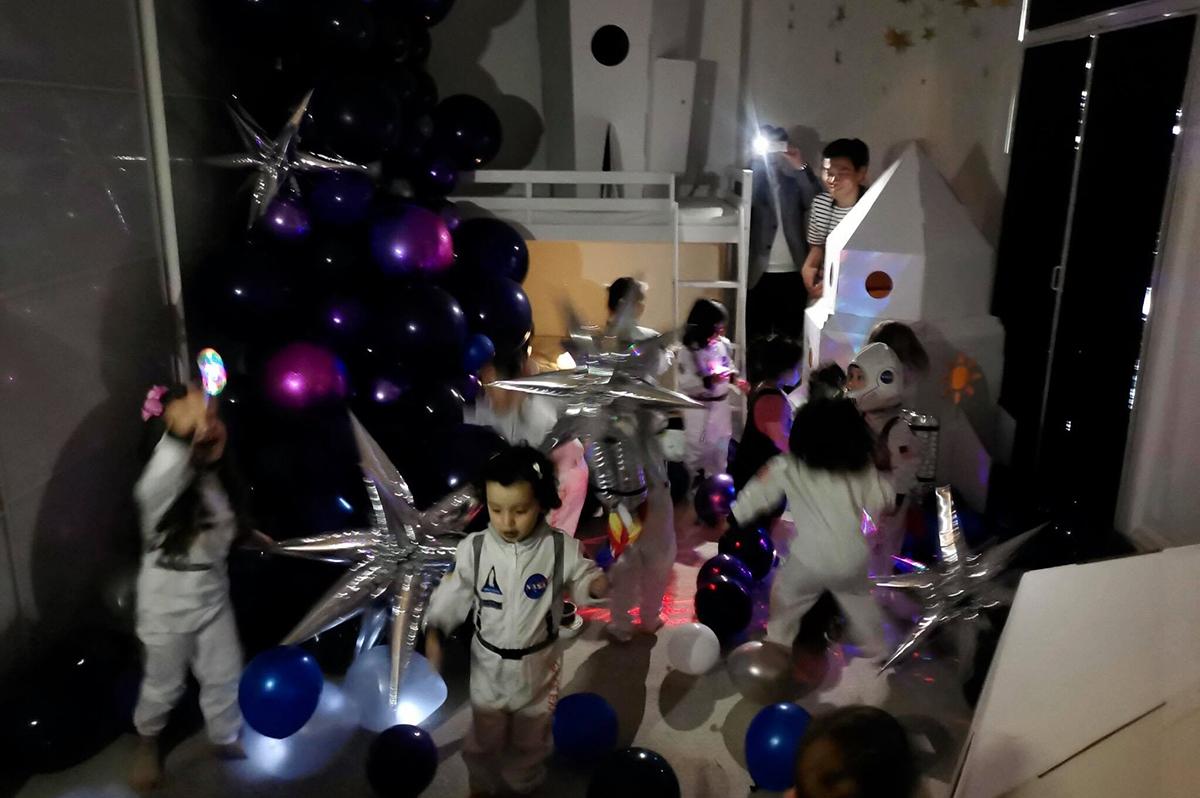 宇宙パーティー