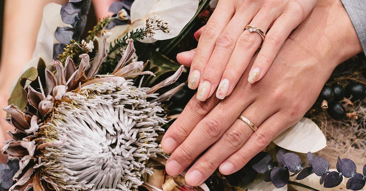 二人を結ぶマリッジリング。おしゃれな新郎新婦さんの結婚指輪をチェック!