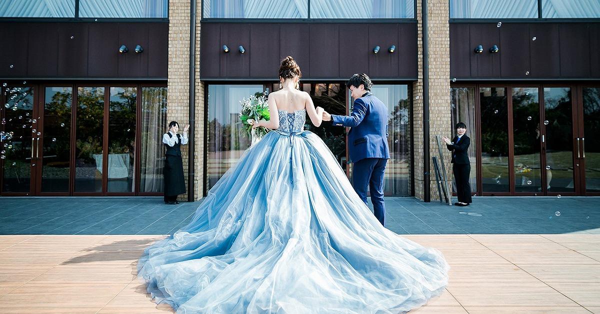 「パーソナルカラー」で自分に似合うカラードレスを見つけよう