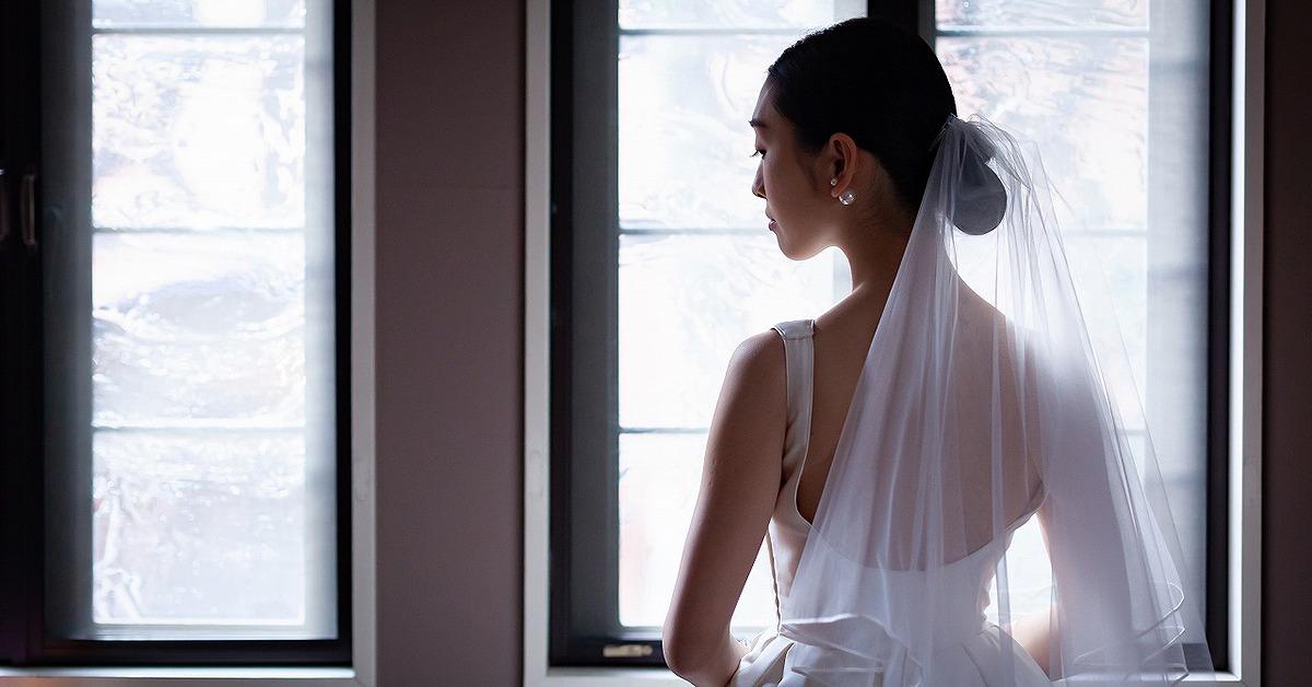 花嫁姿を素敵に魅せる「ウェディングベール」特集