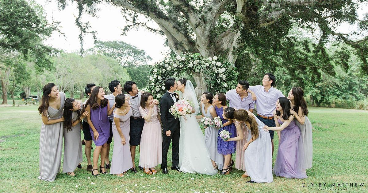 結婚式に統一感を。ゲストのドレスコードアイディア集