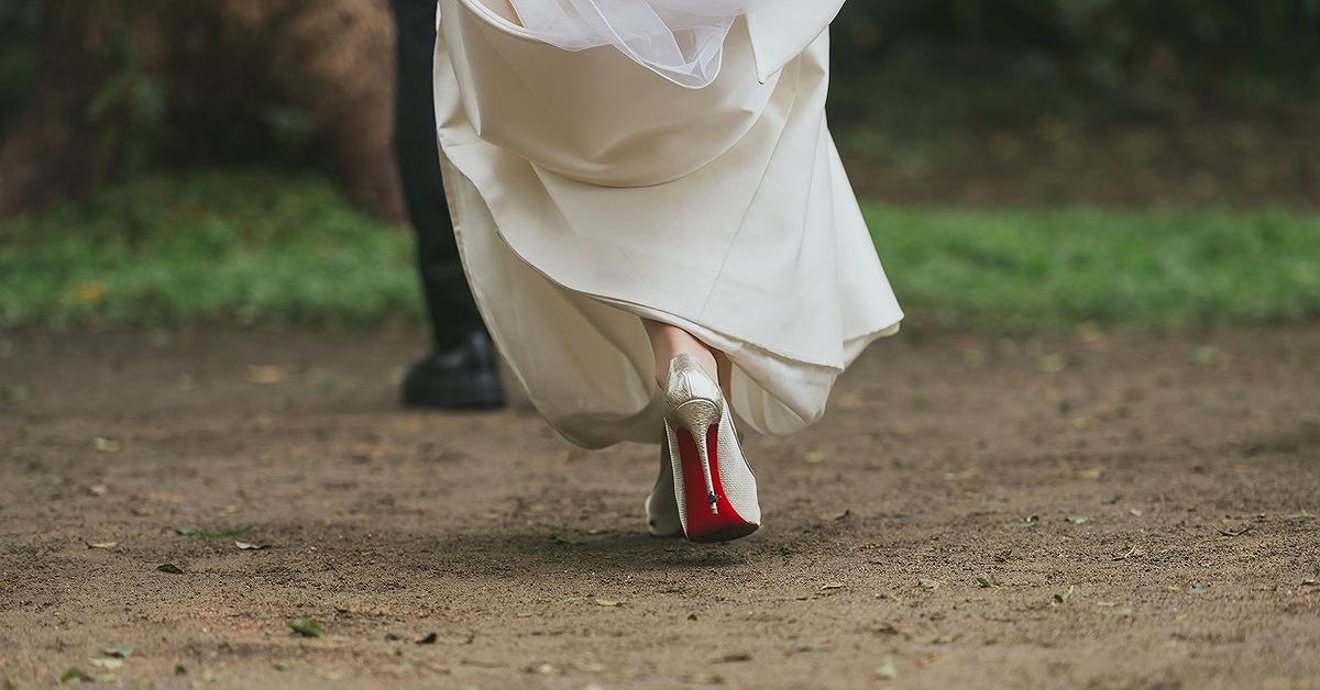 こだわりのウェディングシューズで迎える結婚式