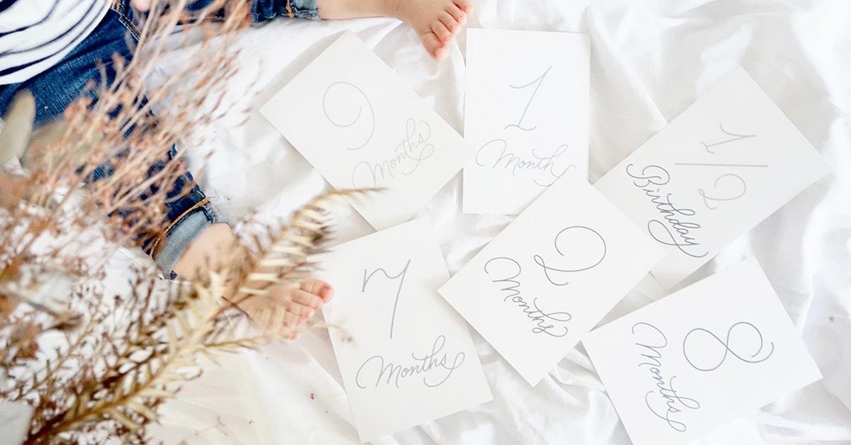【無料テンプレ】月齢カード第6弾|使いやすさ重視!シンプルデザイン登場