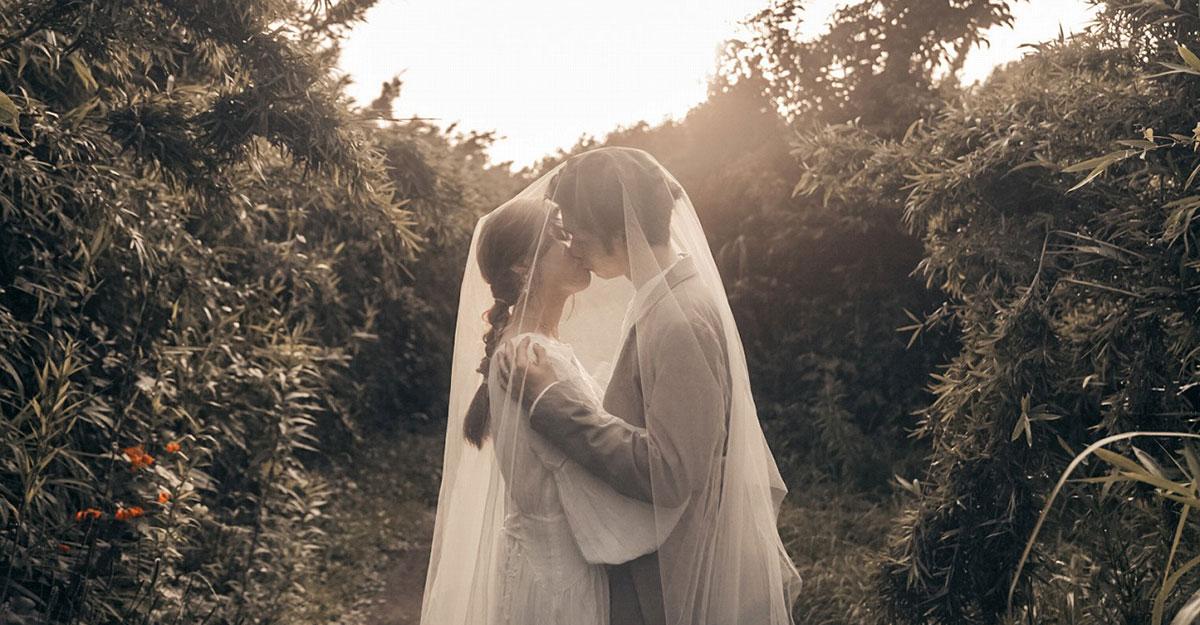 絶対知ってほしい結婚式ムービー!まるで映画。絶景を旅しながら撮る「Liebé」