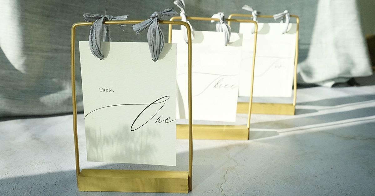 結婚式に使えるコッパースタンドの作り方。テーブルナンバーの無料テンプレも