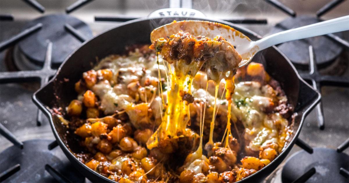 世界のおうちレシピ「チーズたっぷりニョッキ・ボロネーゼ」の作り方