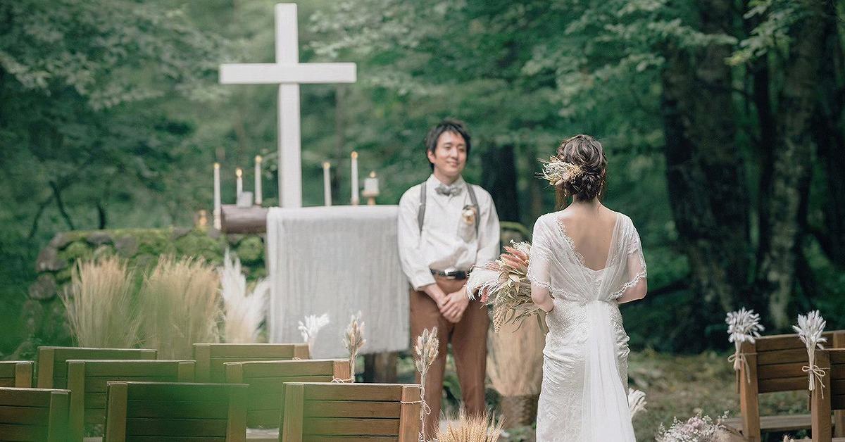 式場以外で結婚式ができる場所って?二人らしいウェディングの形を見つける