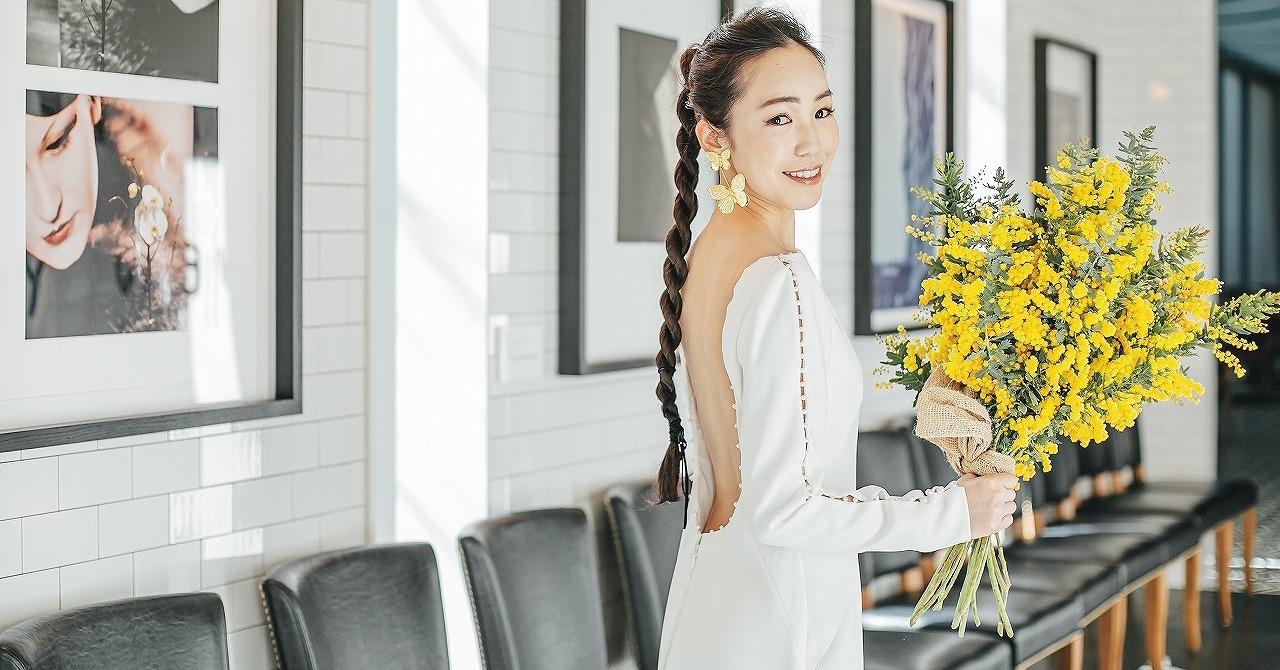 360度美しい花嫁姿に。「オープンバック」のウェディングドレス8選